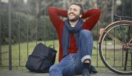 الوشاح الرجالي موضة الشباب العصرية