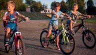كيف تعلّم طفلك ركوب الدراجة؟