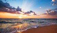 عبارات جميلة عن البحر