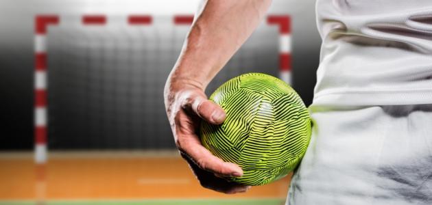 ما هي قوانين كرة اليد