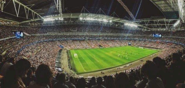 ملعب كرة القدم: مواصفاته وأقسامه