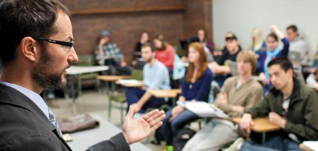 الفرق بين التعليم والتعلم والتدريب