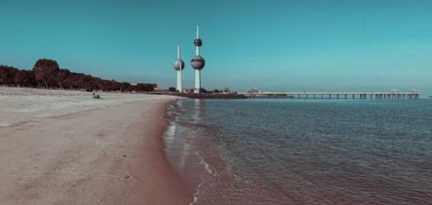 كم تبلغ مساحة دولة الكويت