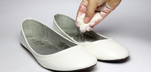 كيفية القضاء على رائحة الحذاء الكريهة