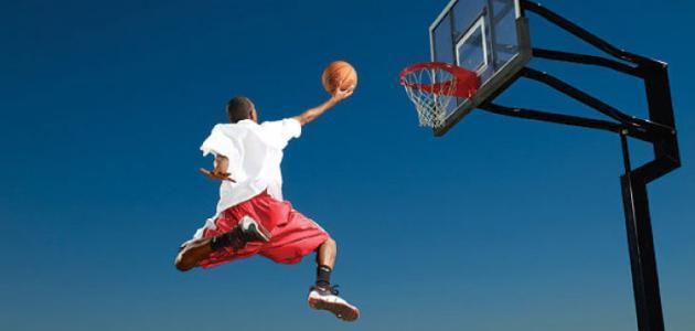 عدد الحكام في كرة السلة