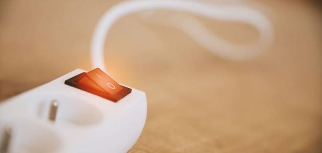 بحث عن فوائد واضرار الكهرباء