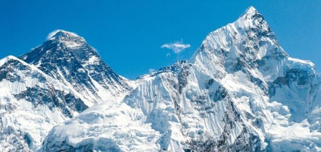 أين يقع جبل إيفرست حياتك