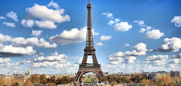 أين يوجد برج إيفل
