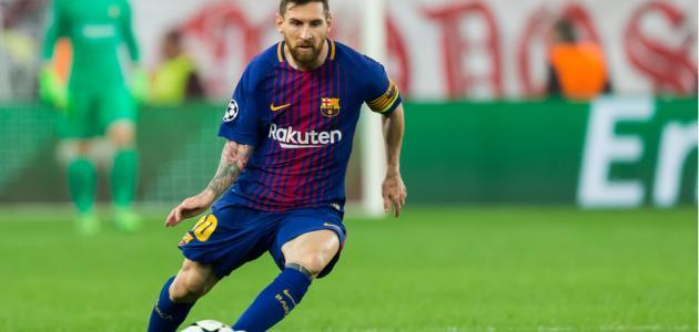أول مباراة لميسي مع برشلونة