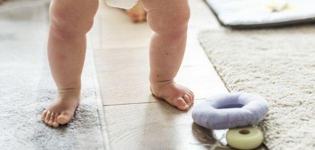 أشياء تساعد الطفل على المشي