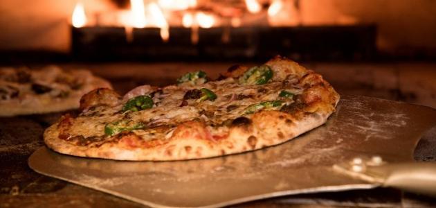 لعشاق البيتزا: نصائح لاختيار بيتزا صحية
