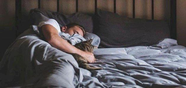 ارتداء ملابس النوم لساعات طويلة يؤثر على صحتك