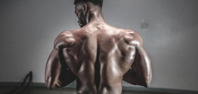 هكذا يساعد النوم في بناء عضلاتك