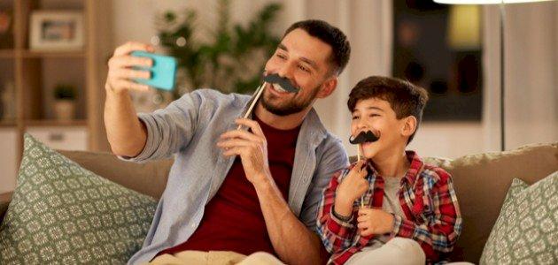 أشياء خاصة بالذكور يجب على كل أب ان يعلمها لابنه