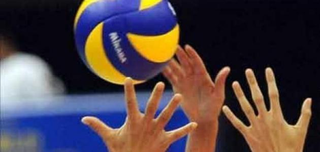 كم عدد اللاعبين في كرة الطائرة