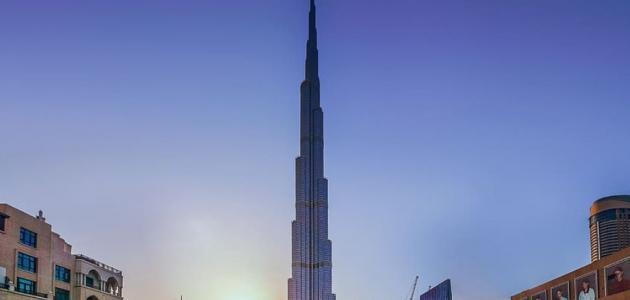 كم عدد طوابق برج خليفة في دبي