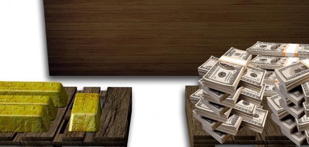 العلاقة بين الذهب والدولار
