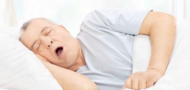 ضيق التنفس عند النوم على الظهر