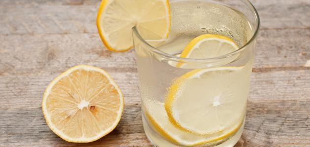 فوائد المويه مع الليمون